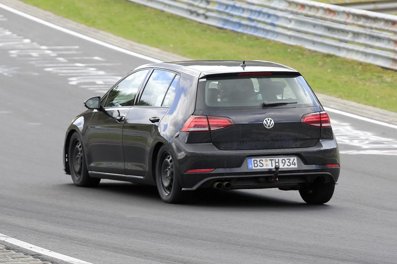 VW Golf Mule 007