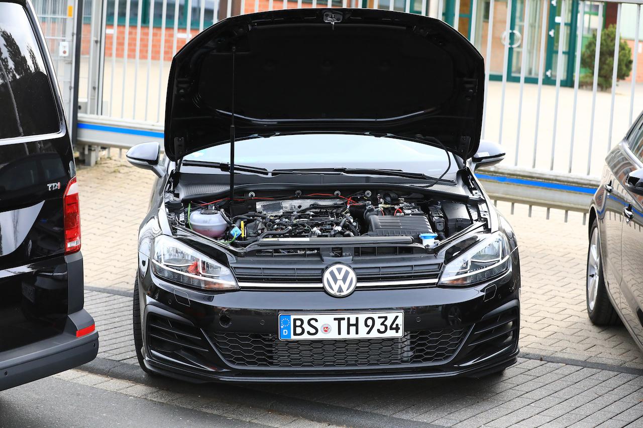 VW Golf Mule 008