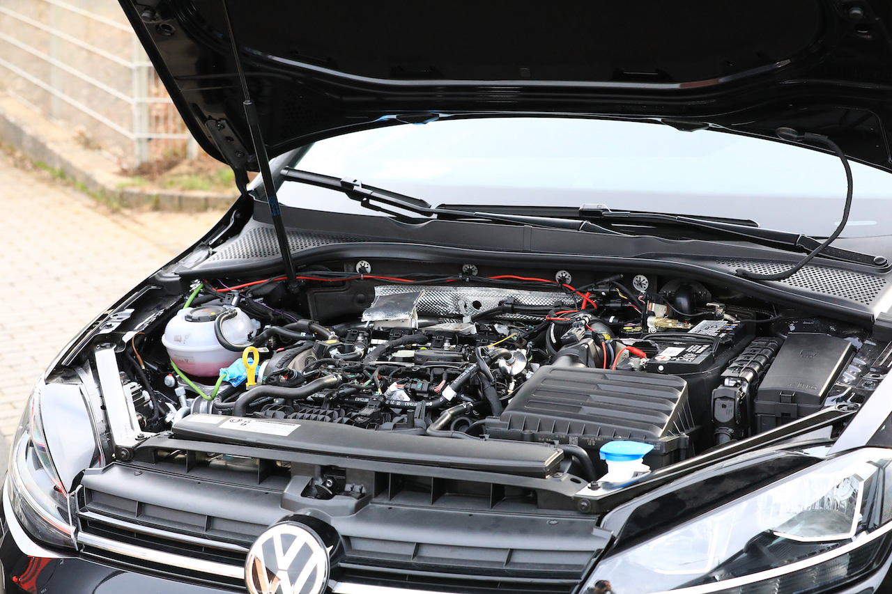 VW Golf Mule 011