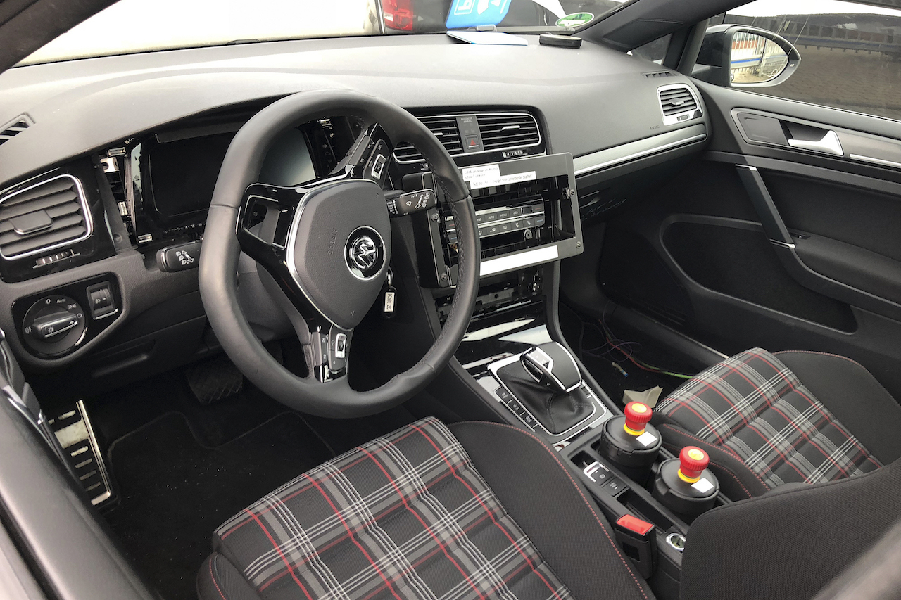 VW Golf Mule 014
