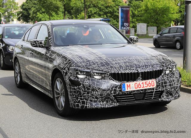 BMW 3-Series05