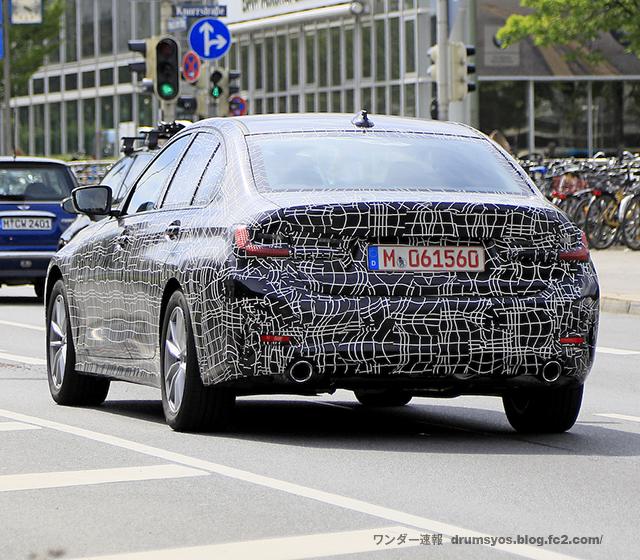 BMW 3-Series06