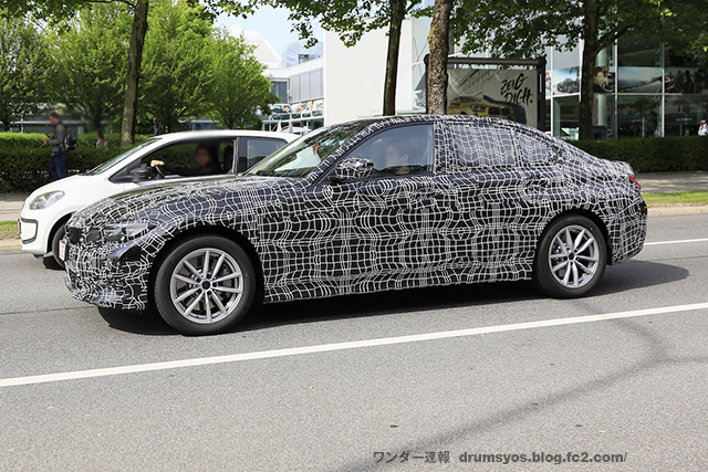 BMW 3-Series12
