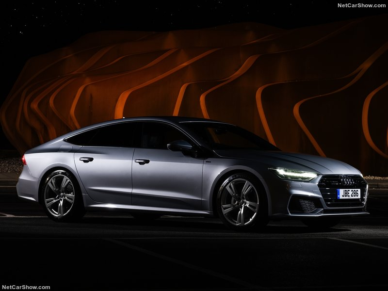 Audi-A7_Sportback_UK-Version-2018-800-05.jpg