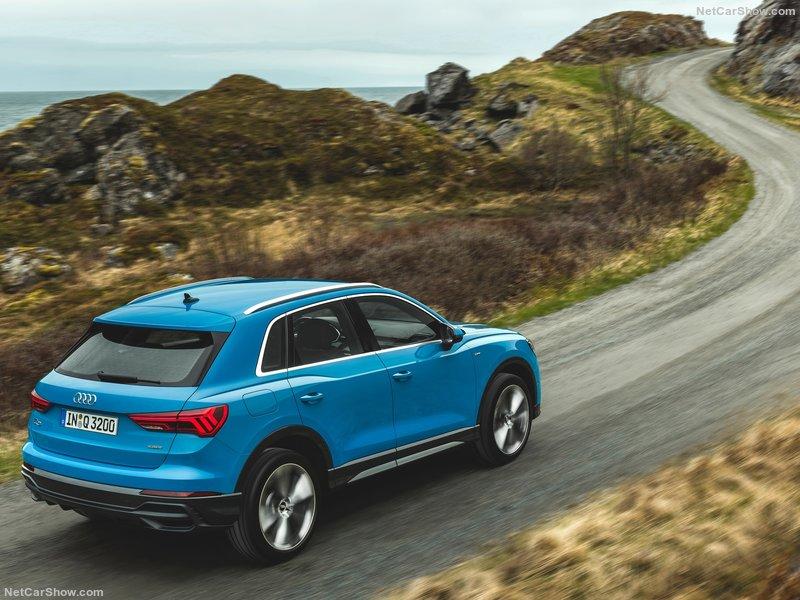 Audi-Q3-2019-800-10.jpg