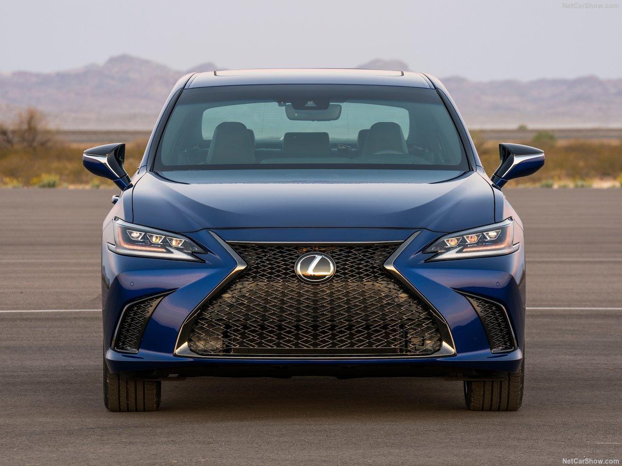Lexus-ES-2019-1280-1c.jpg