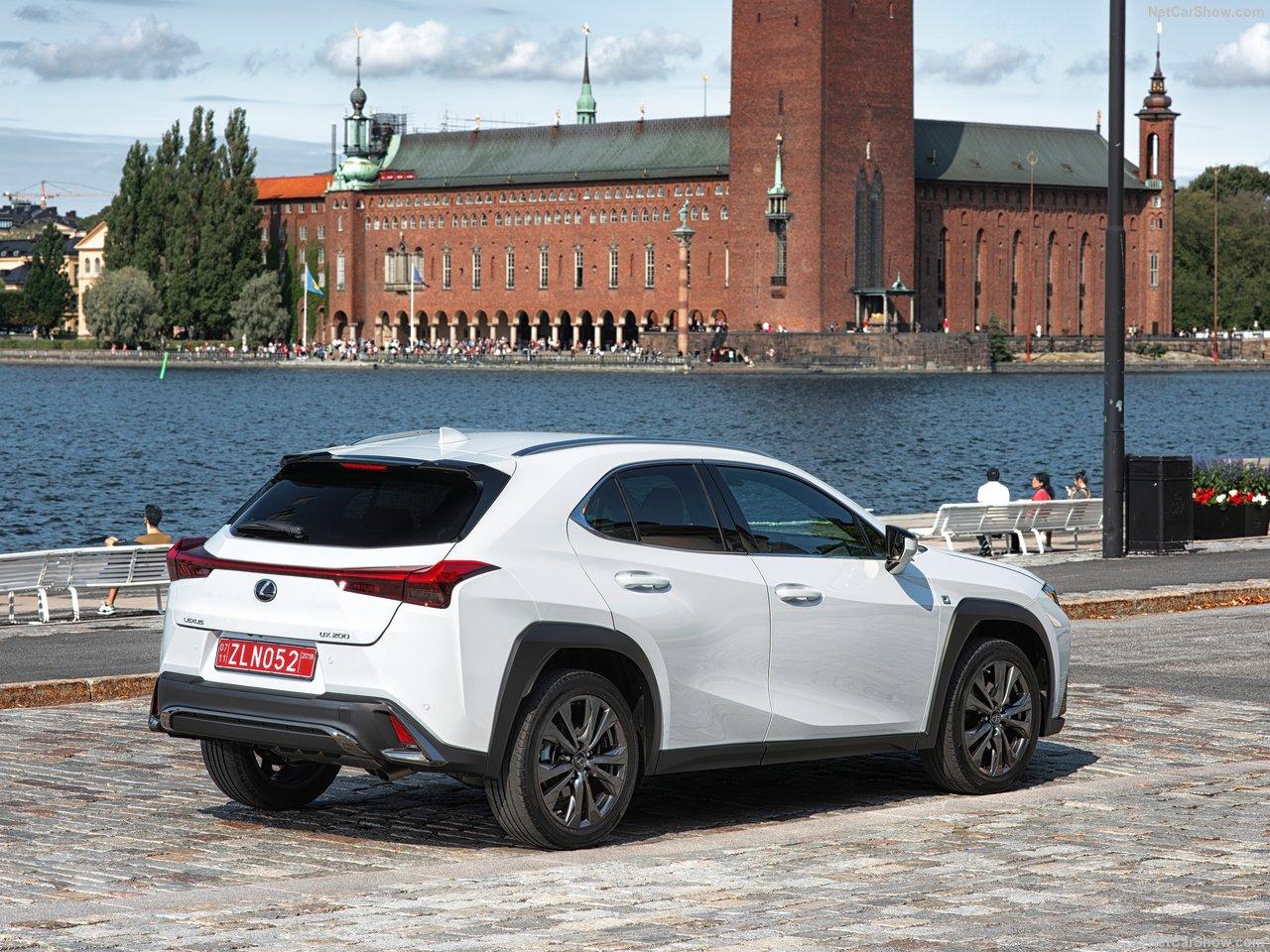 Lexus-UX-2019-1280-4e.jpg