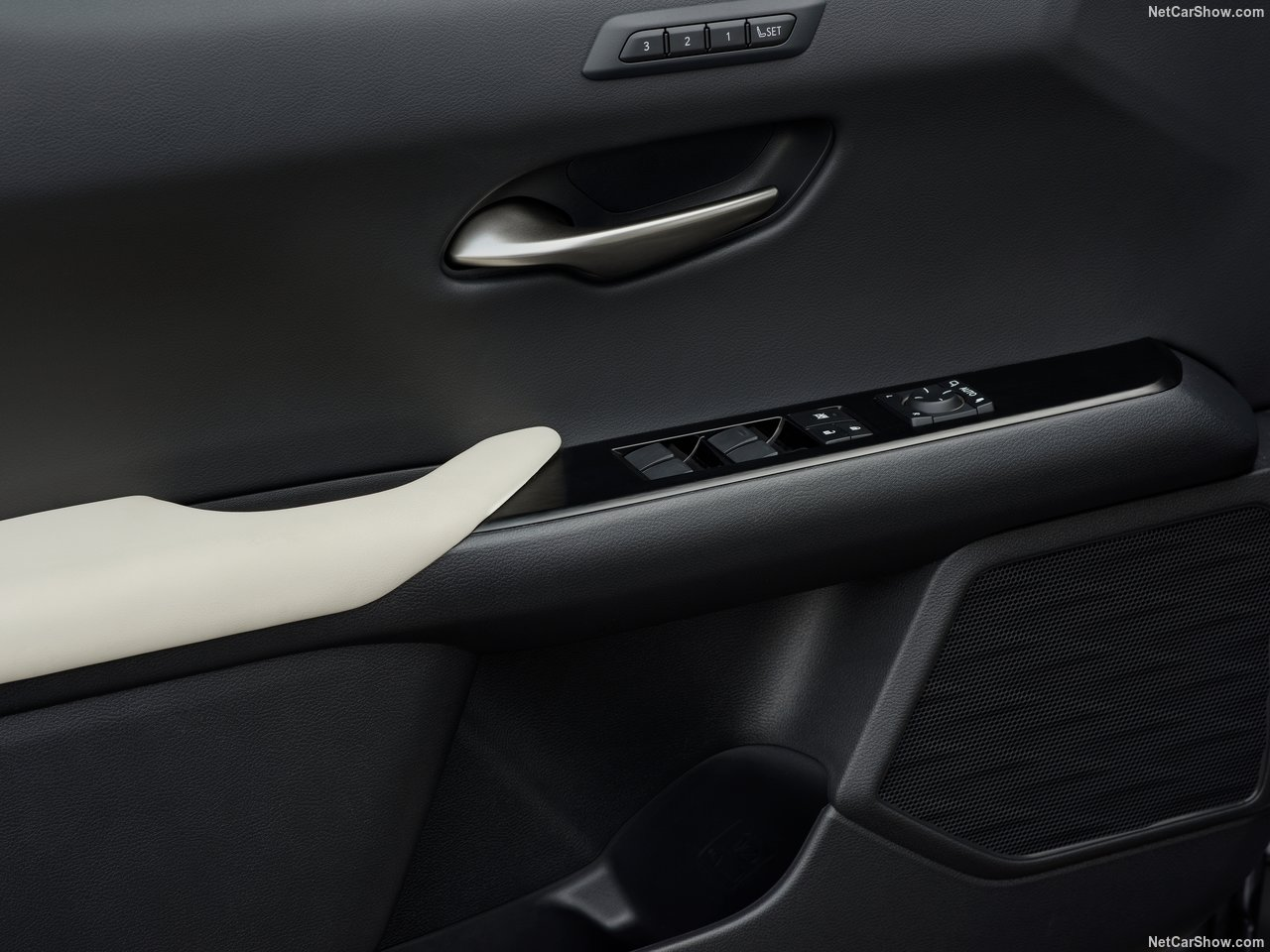 Lexus-UX-2019-1280-b1.jpg