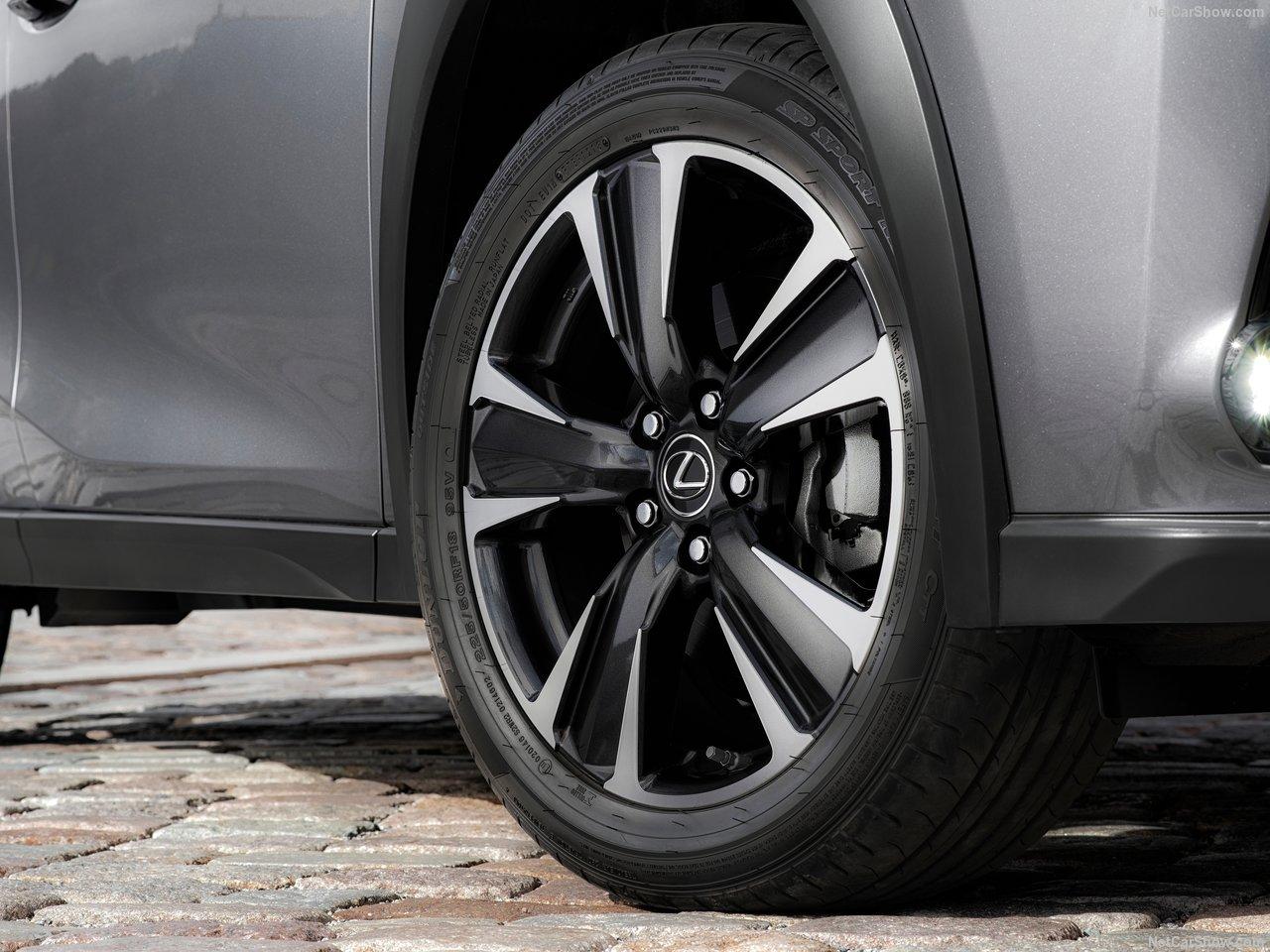 Lexus-UX-2019-1280-c0.jpg
