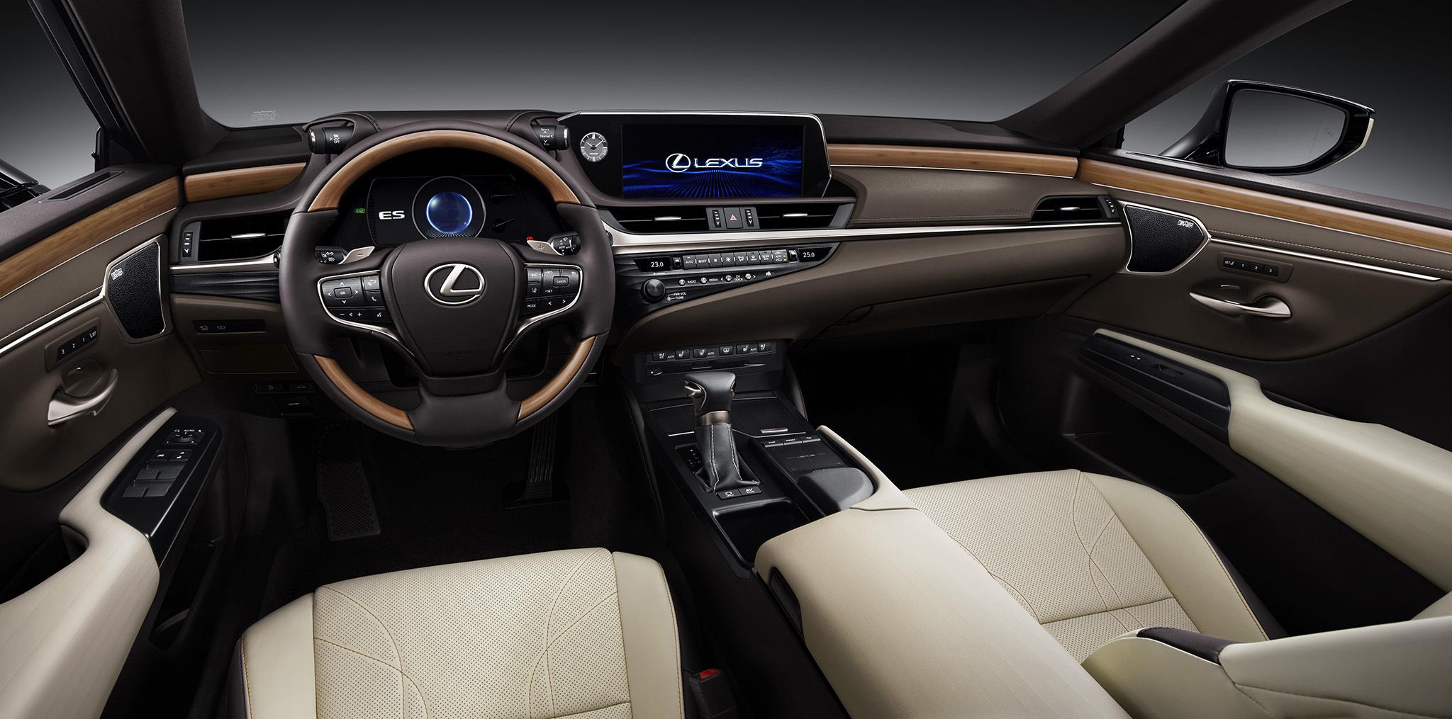 LexusES50_20180830185117623.jpg