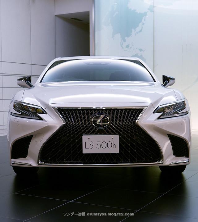 LexusLS500hvL24_201804190941089e1.jpg