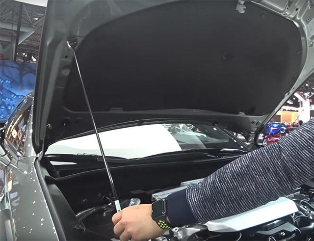 LexusUX05_20180819005019c82.jpg
