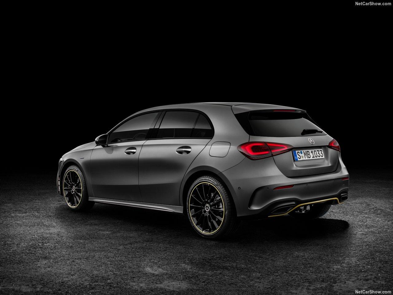 Mercedes-Benz-A-Class-2019-1280-2a.jpg