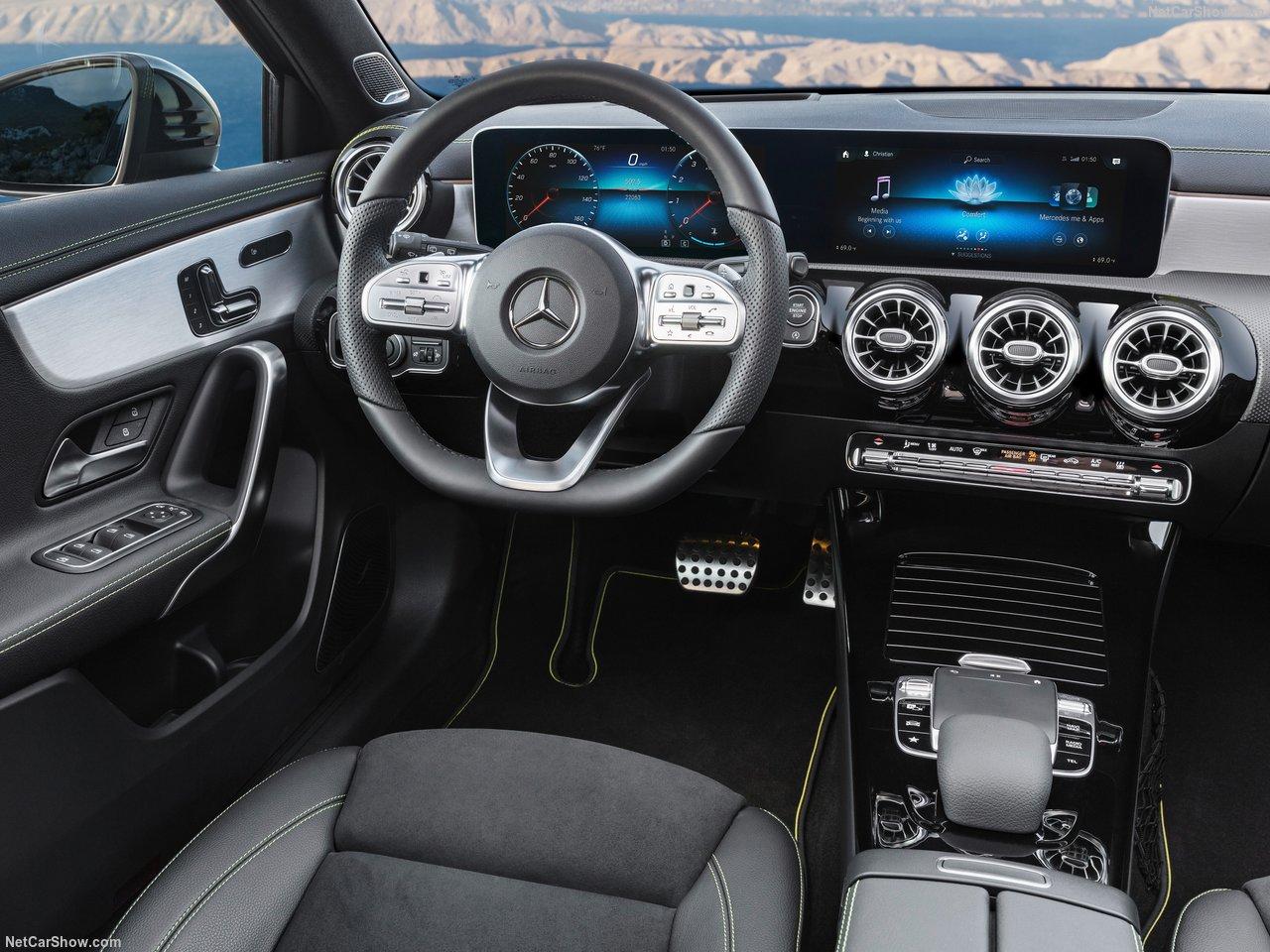 Mercedes-Benz-A-Class-2019-1280-2d_201808190935316c5.jpg