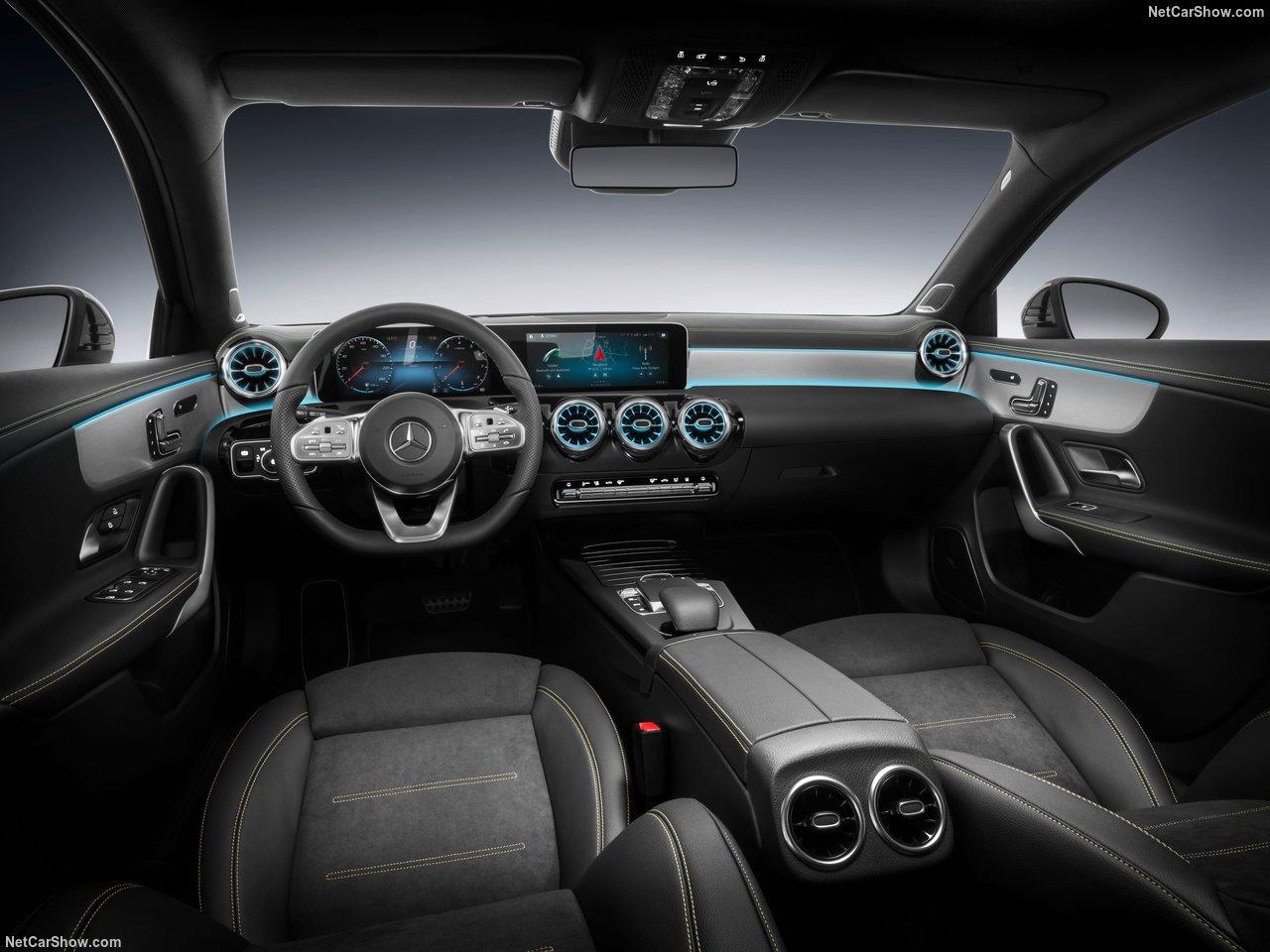 Mercedes-Benz-A-Class-2019-1280-35_20180911160601bbf.jpg