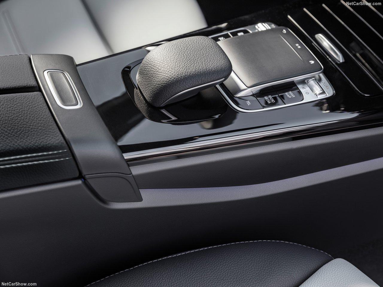 Mercedes-Benz-A-Class-2019-1280-43_20180731214152364.jpg