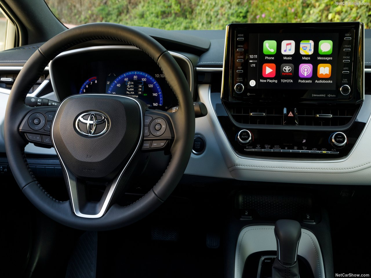 Toyota-Corolla_Hatchback-2019-1280-26.jpg