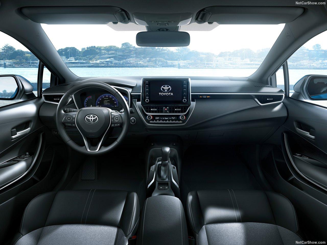 Toyota-Corolla_Hatchback-2019-1280-2a.jpg