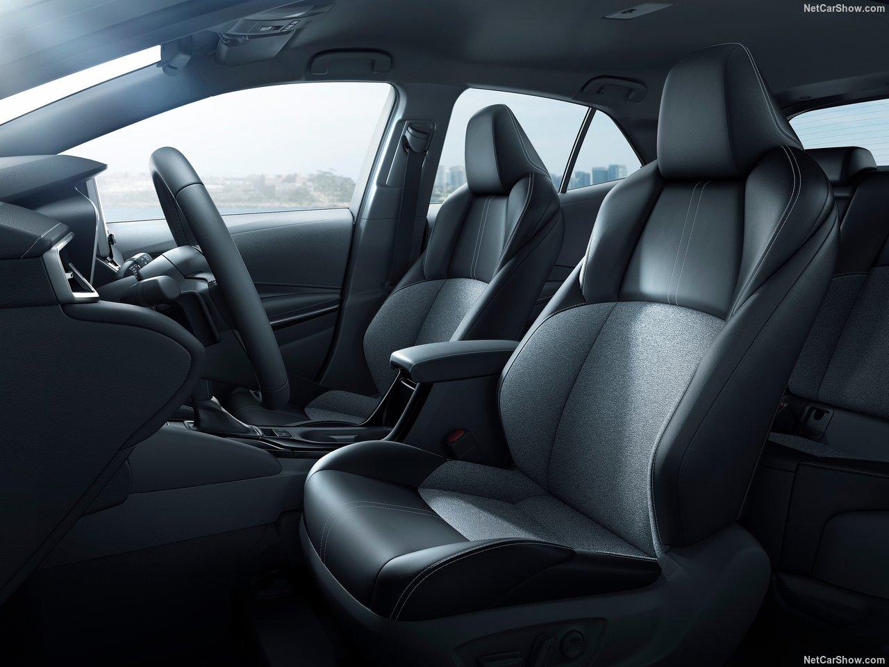Toyota-Corolla_Hatchback-2019-1280-33.jpg