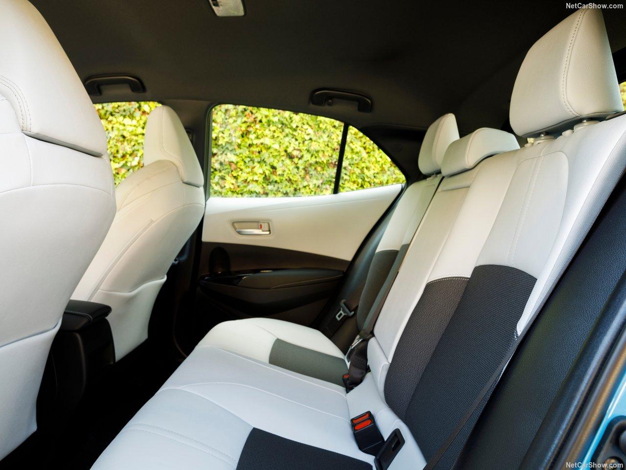 Toyota-Corolla_Hatchback-2019-1280-37.jpg