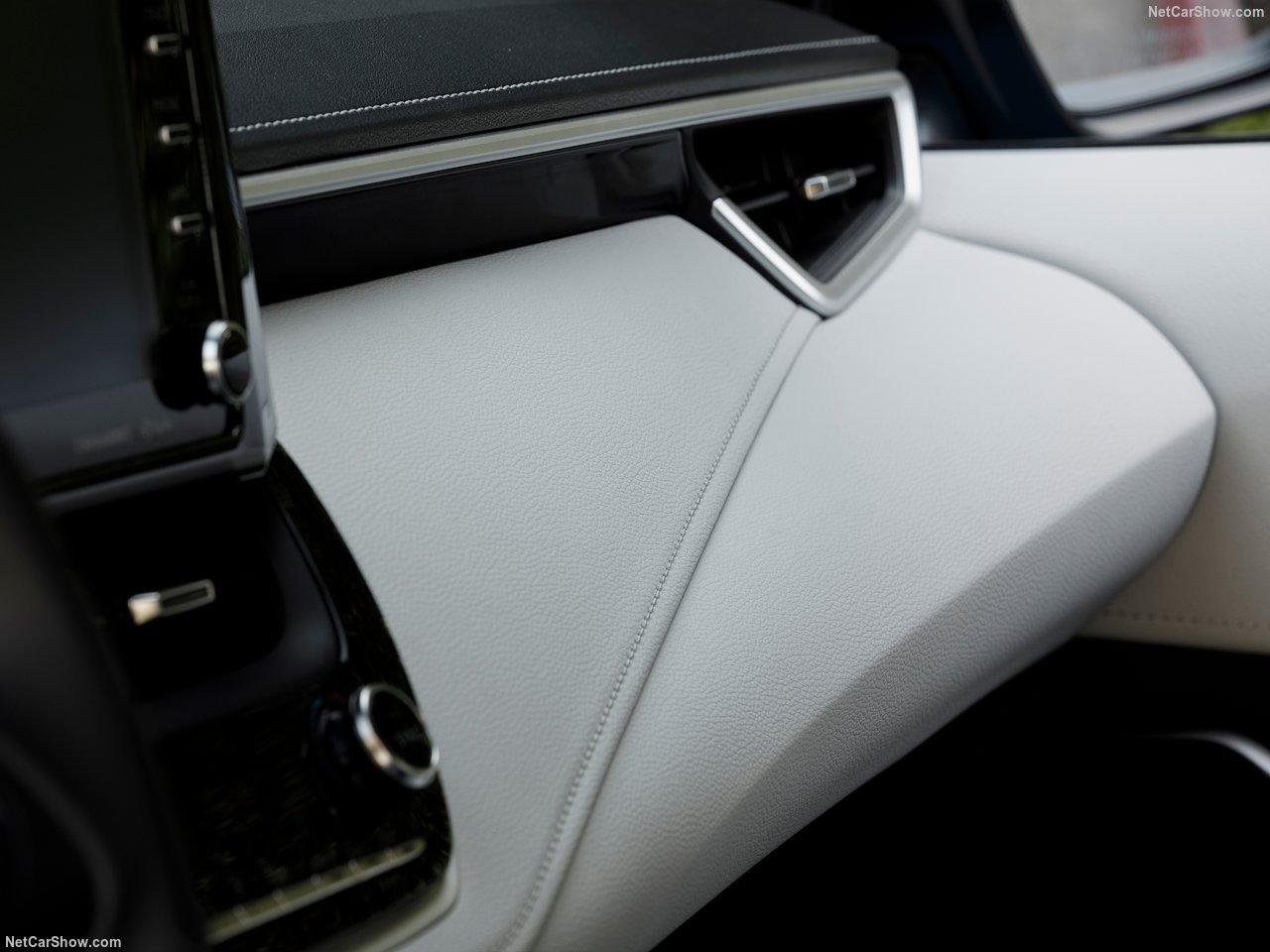 Toyota-Corolla_Hatchback-2019-1280-46.jpg