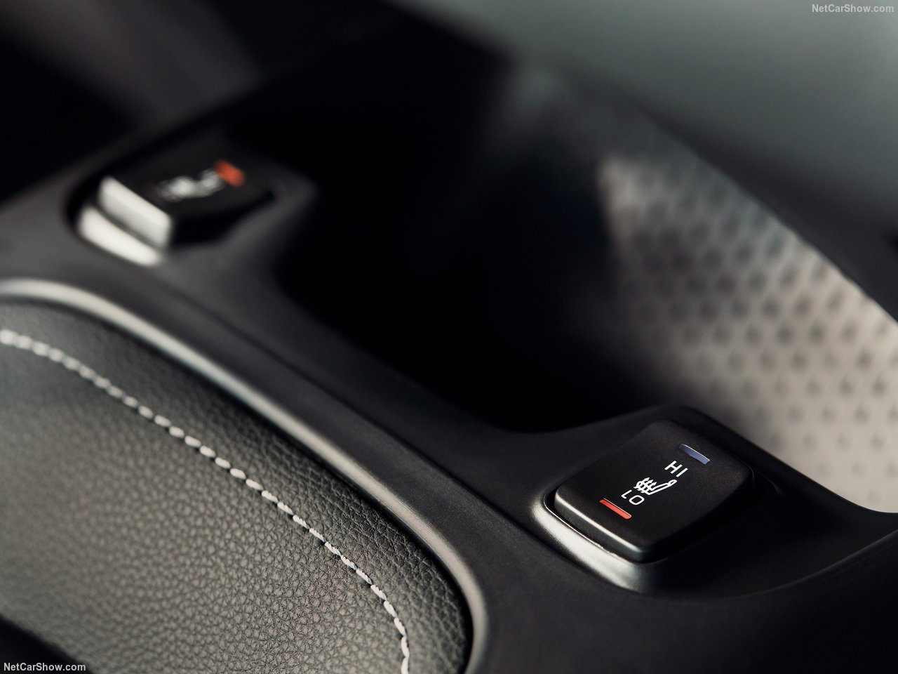 Toyota-Corolla_Hatchback-2019-1280-50_201805300849463d7.jpg