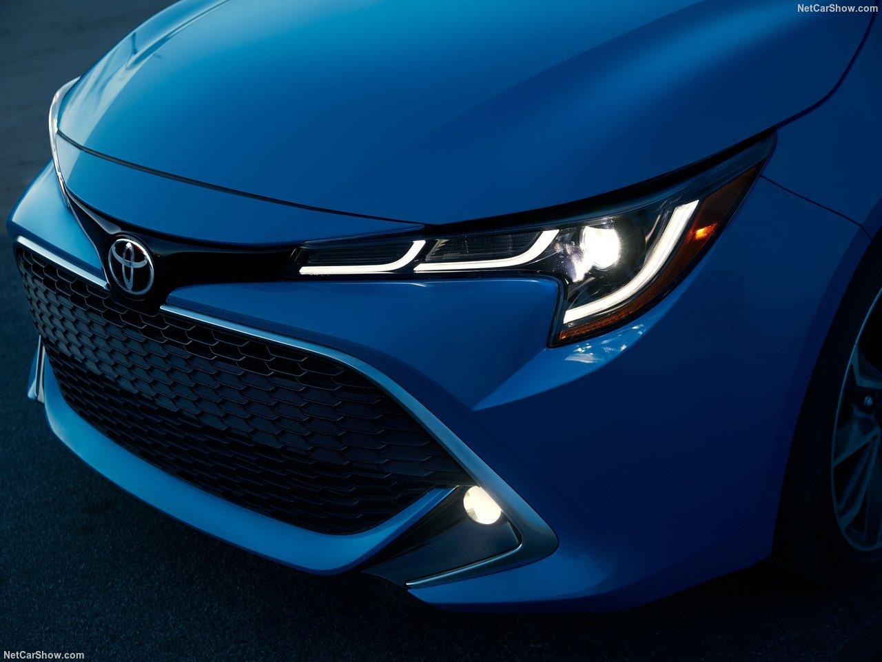 Toyota-Corolla_Hatchback-2019-1280-59.jpg