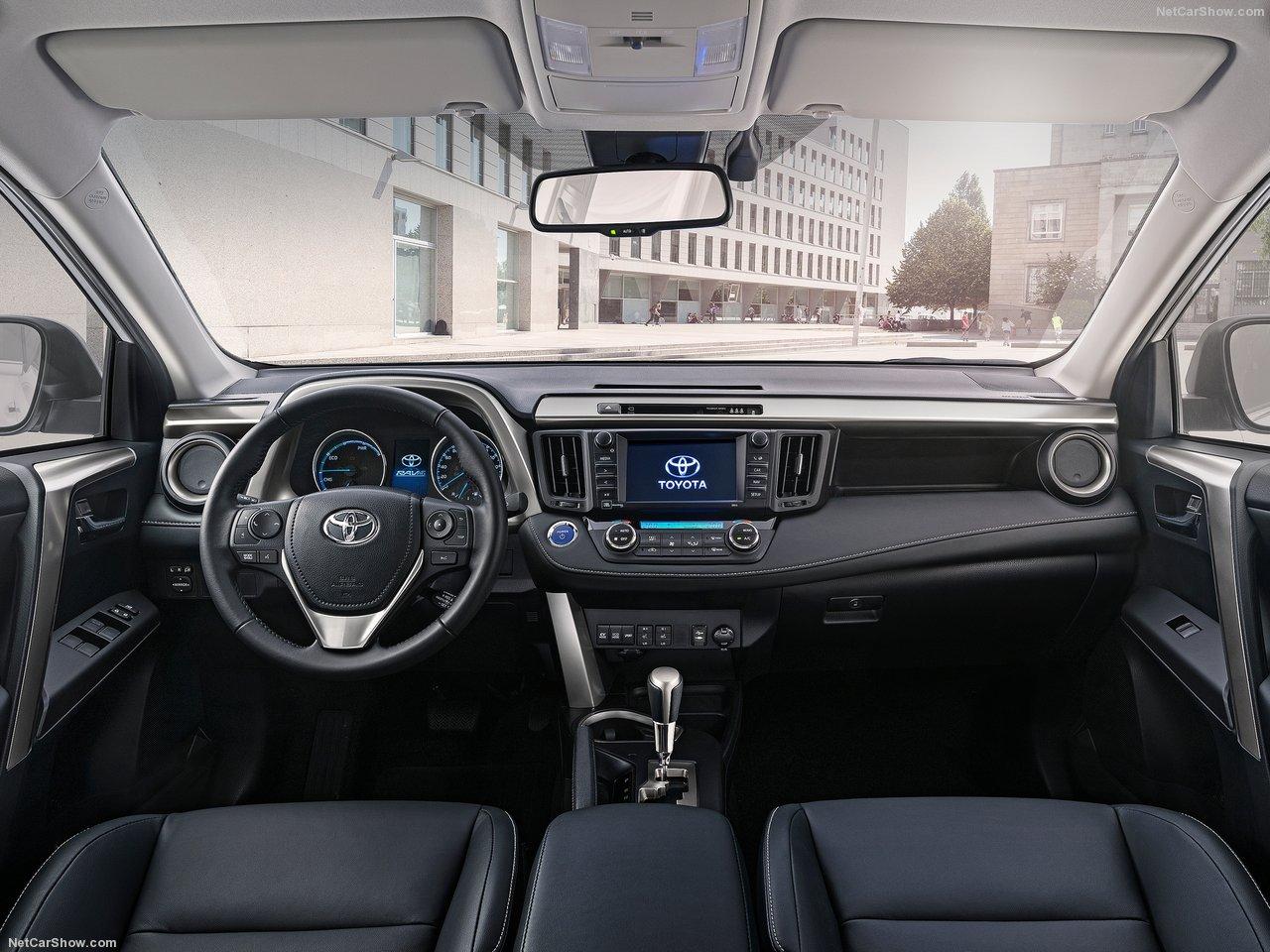 Toyota-RAV4_Hybrid_EU-Version-2016-1280-2b.jpg