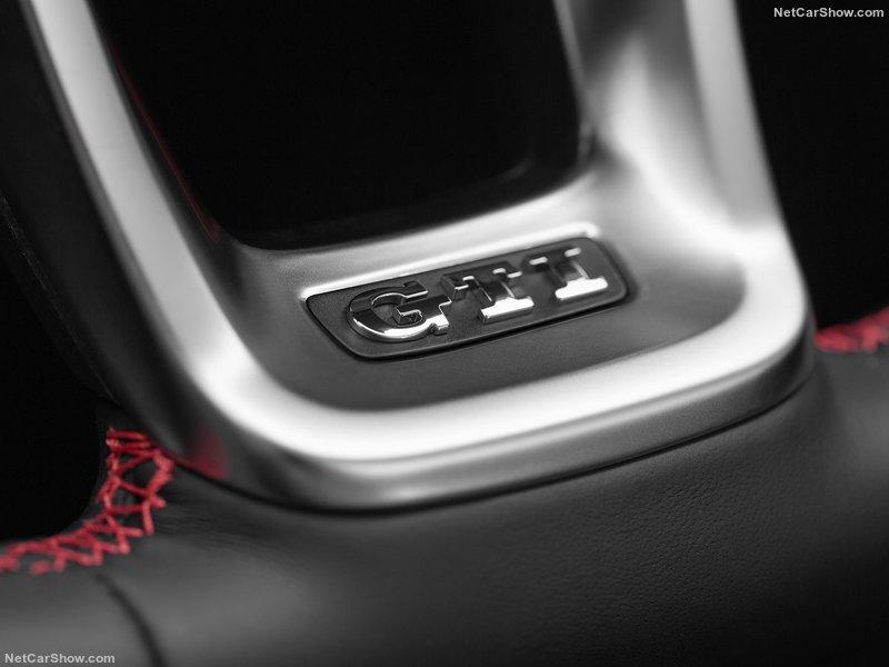 Volkswagen-Polo_GTI-2018-800-64.jpg