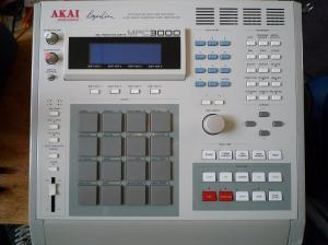 akai-mpc3000-94670_convert_20180825170803.jpg