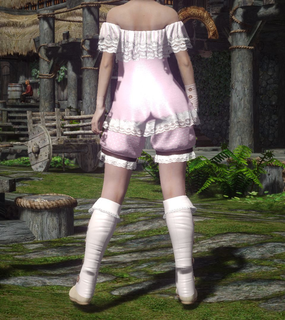Ooh_La_La_Outfit_CBEE_3.jpg