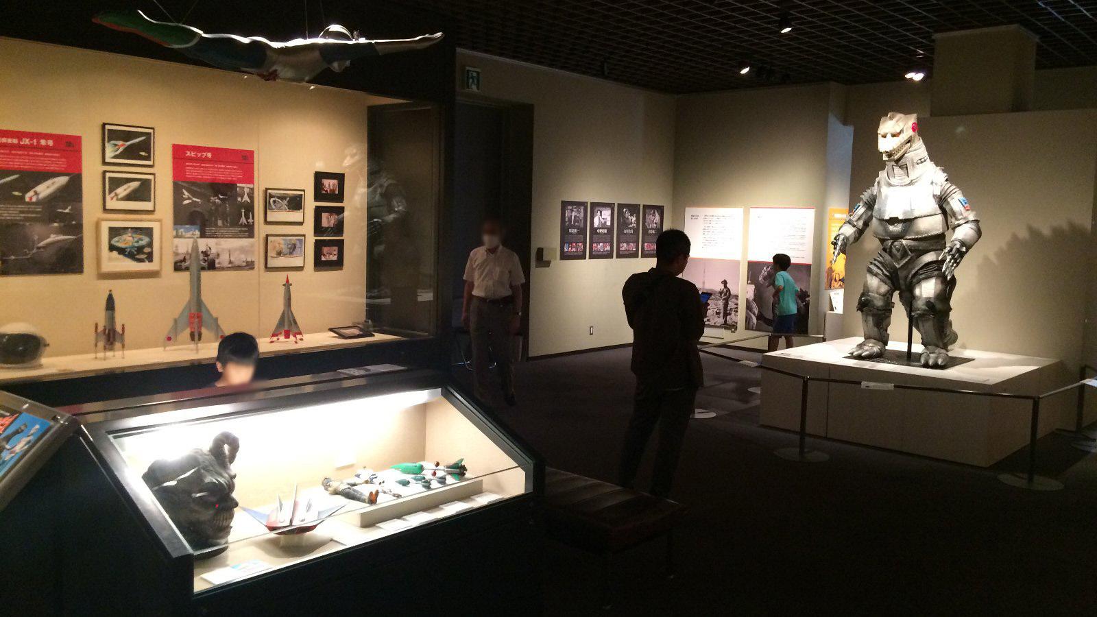特撮のDNA展 一階展示場