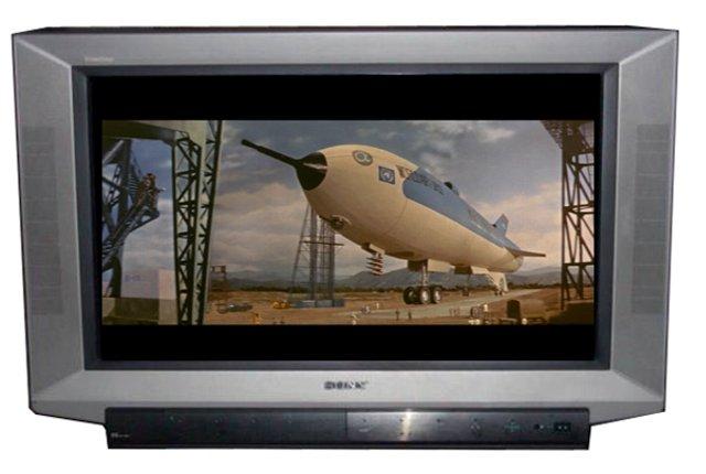 32インチワイドTV(KV-32SF1)で観た『地球防衛軍』