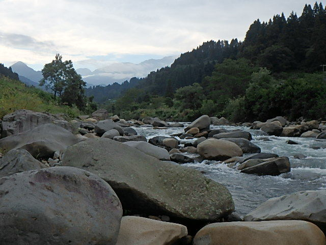 2018渓流釣りシーズン終了間際 能生川3