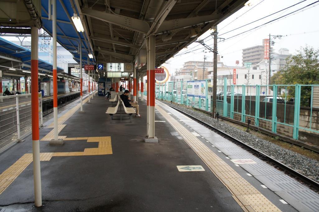 飾磨駅04
