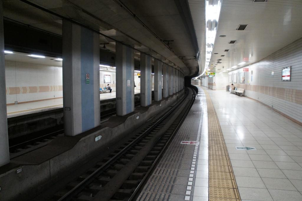 山陽板宿駅04