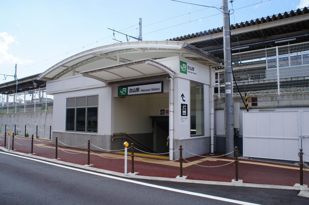 白山駅07