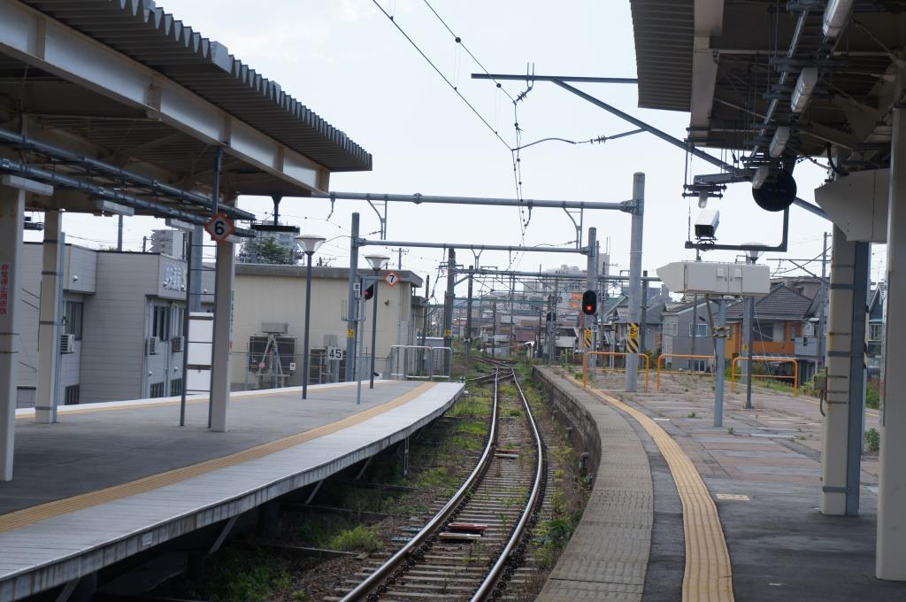 白山駅09