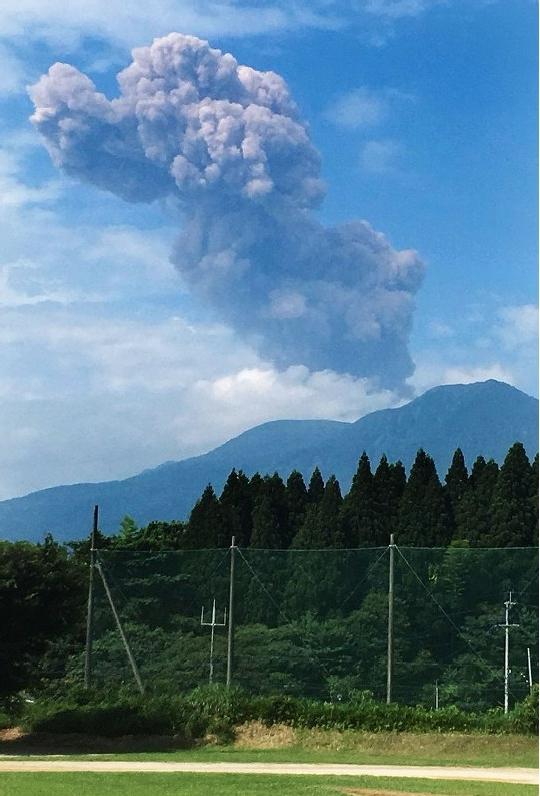 新燃岳噴火_20180622