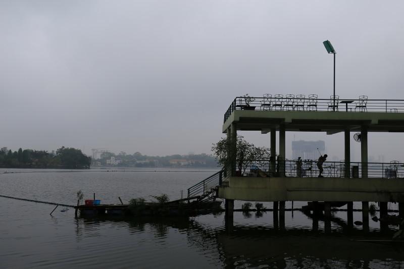 ハノイ 西湖 観光