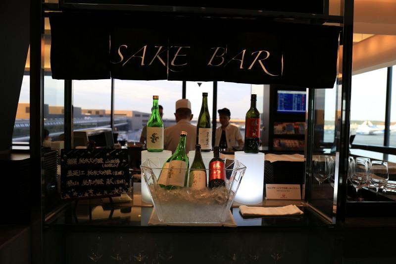 成田空港 JAL ラウンジ 日本酒