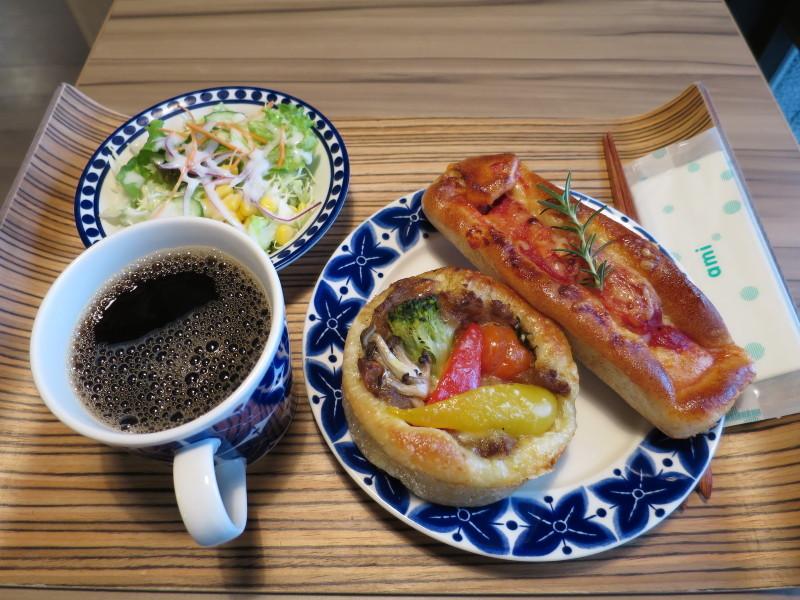 石垣島 朝食 パン