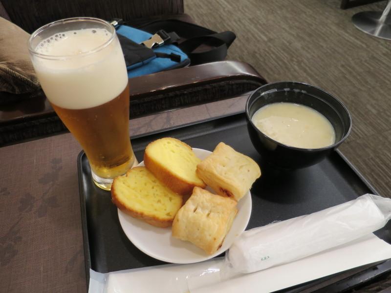 伊丹空港 ダイヤモンドプレミアラウンジ ビール種類