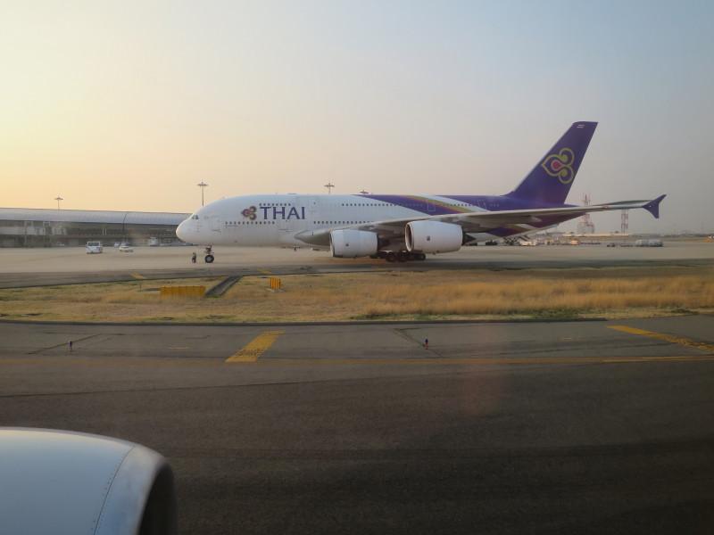 関西空港 タイ国際航空