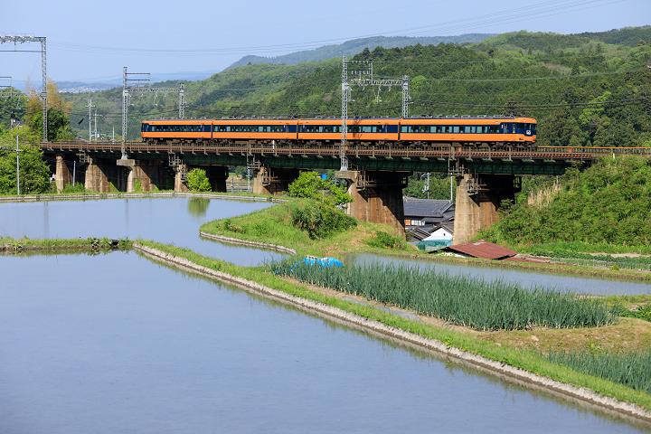 Kintetsu12200-51s.jpg