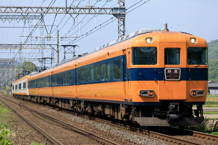 Kintetsu12400-33s.jpg