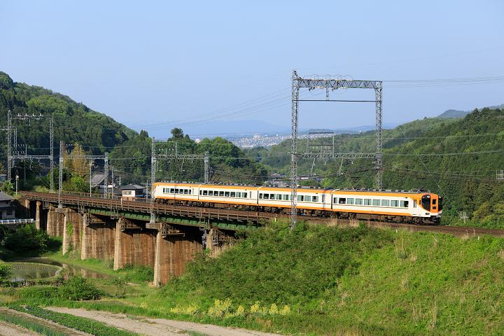 Kintetsu12400-34s.jpg