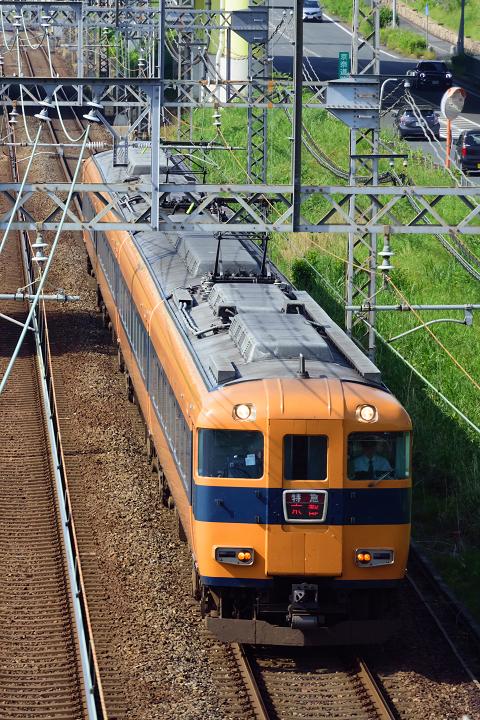 Kintetsu12400-41s.jpg