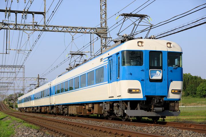 Kintetsu15200-2s.jpg