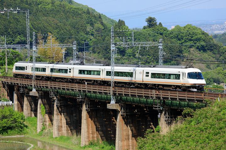 Kintetsu21000-18s.jpg